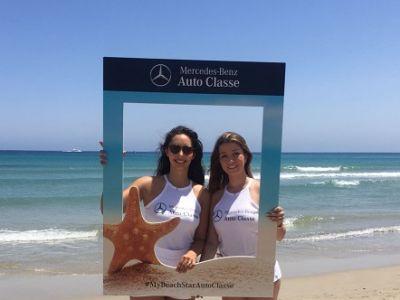 La estrella de Mercedes brilla más que nunca en la playa