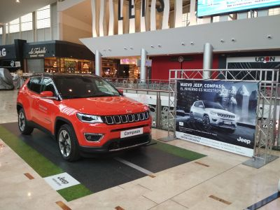 El Jeep Compass, en Nueva Condomina con Huertas Center