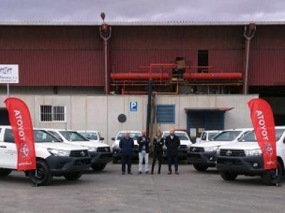 Toyota Labasa entrega diez Hilux que Alcantara Systems utilizará para un proyecto agroindustrial en Argelia
