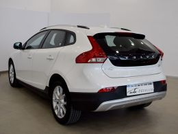Volvo V40 Cross Country segunda mano Huesca