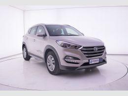 Coches segunda mano - Hyundai Tucson 1.7 CRDi BlueDrive Tecno 4x2 en Zaragoza