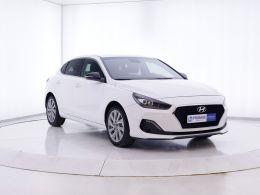 Coches segunda mano - Hyundai i30 1.0 TGDI Tecno Fastback en Zaragoza