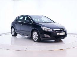 Coches segunda mano - Opel Astra 1.4 Turbo Cosmo en Zaragoza