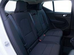 Coches segunda mano - Volvo XC40 2.0 D3 AWD Momentum Pro Auto en Zaragoza